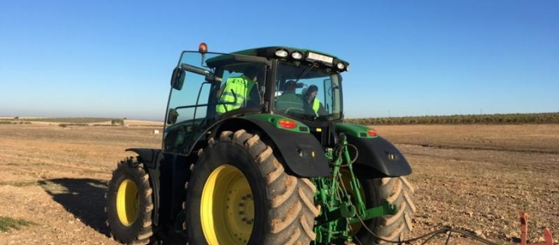 Esta semana podrás pasar la ITV agrícola en El Cuervo, El Coronil, Herrera y La Luisiana
